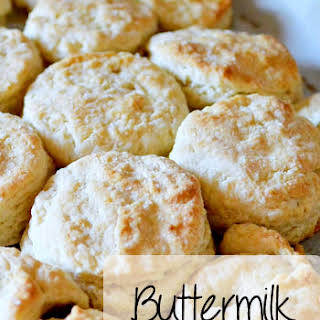 6 Ingredient Buttermilk Biscuits!.