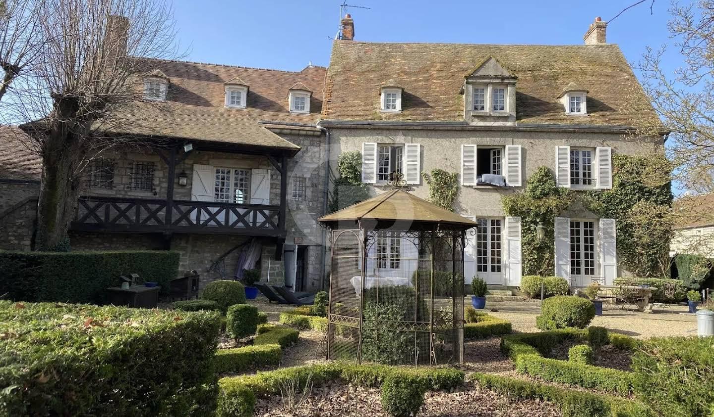 Castle Milly-la-Forêt