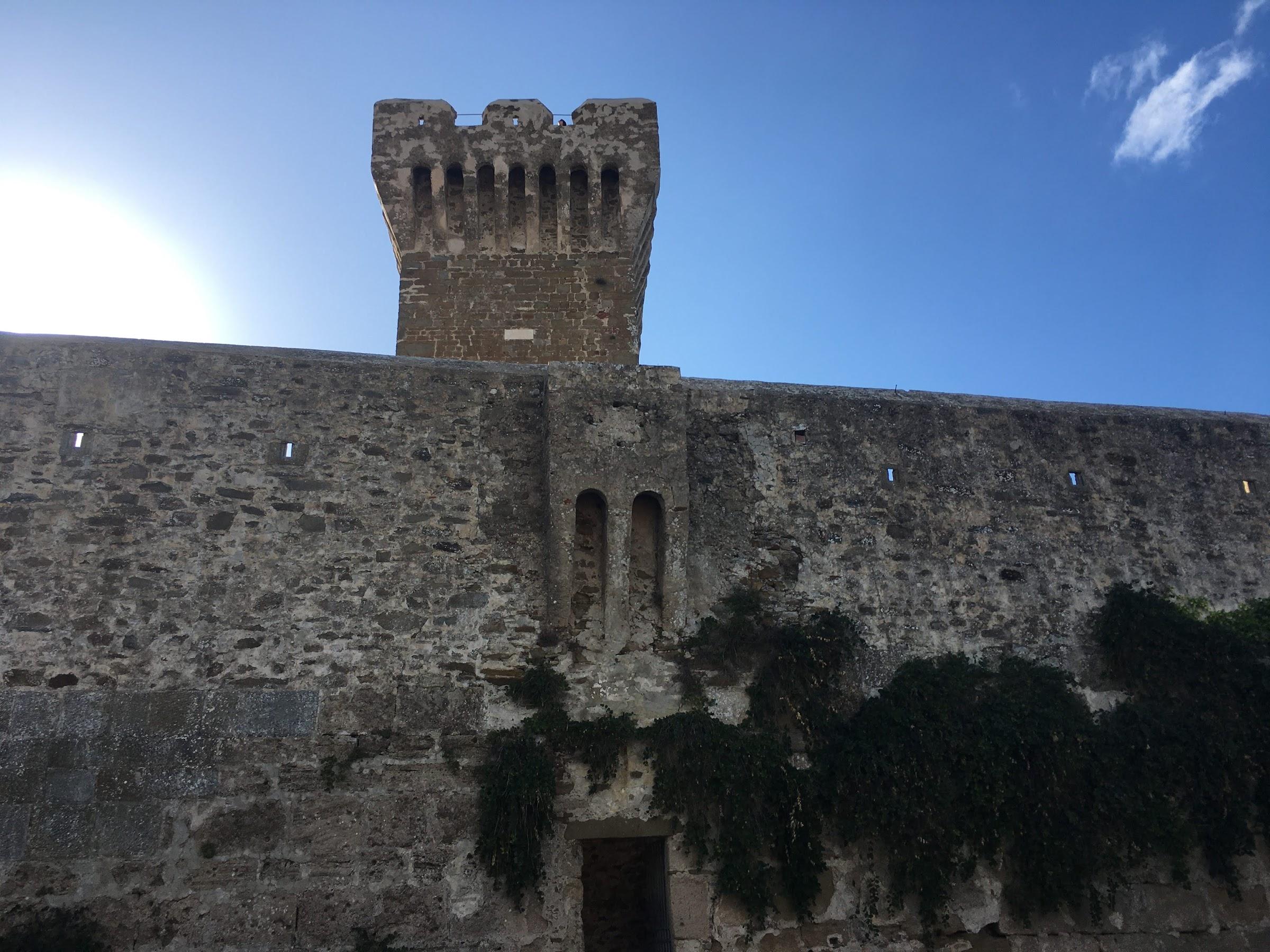 Rocca di Populonia, il golfo di Baratti, Costa degli Etruschi, Toscana