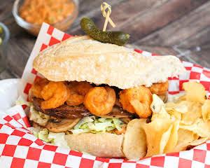 Cajun Chubby Shrimp and Veggie Debris Po'boy