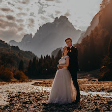 Wedding photographer Lukáš Molnár (molnar11). Photo of 30.03.2018