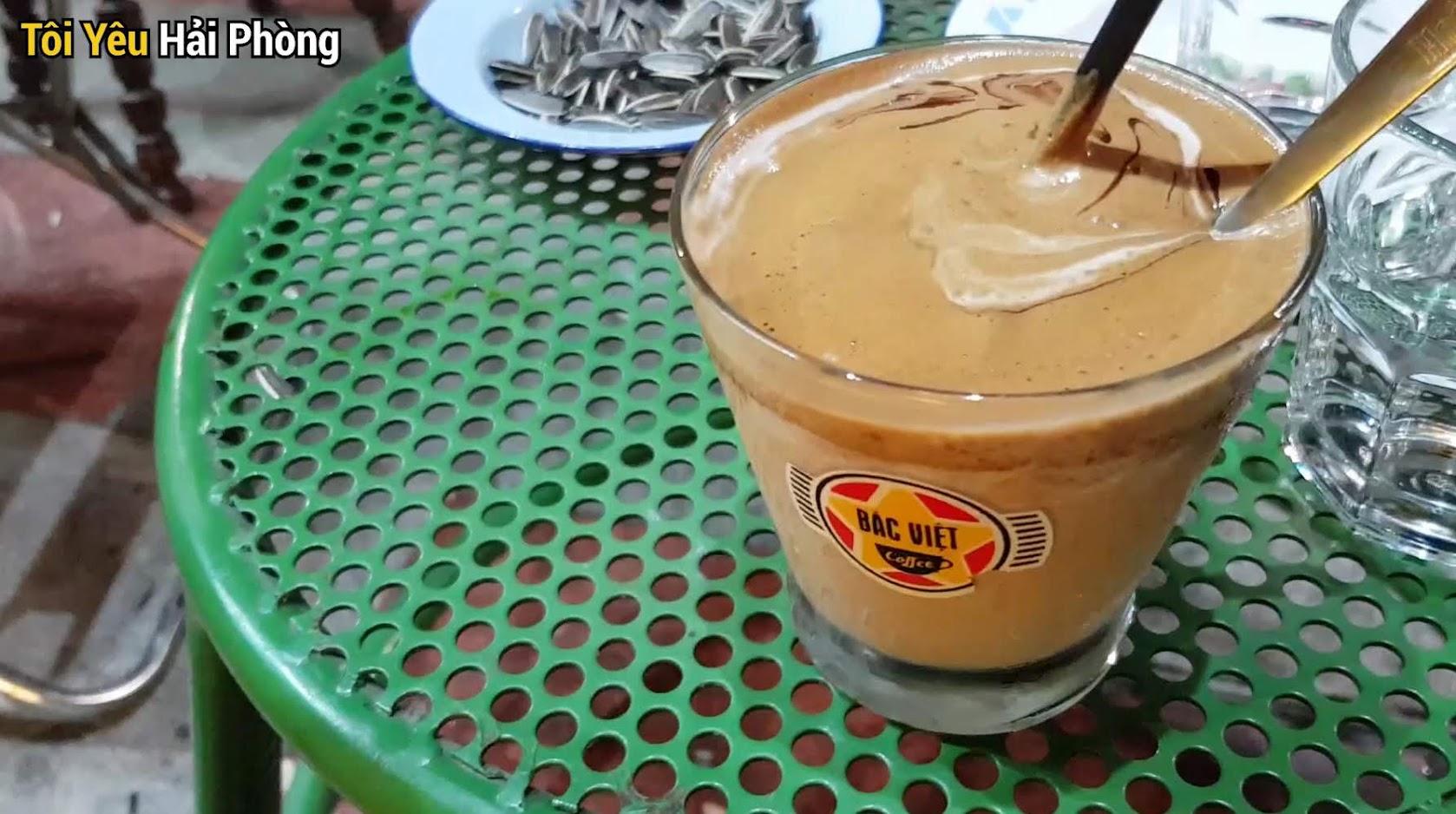 Cà phê view đẹp Bắc Việt phố đi bộ Tam Bạc ở Hải Phòng 7