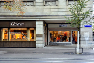 Photo: We arrive at Bahnhoffstrasse - the Rodeo Drive of Zurich