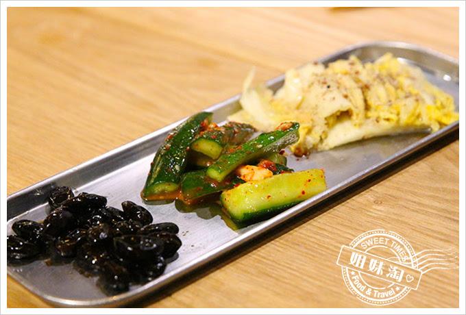 滿-韓式馬鈴薯豬骨湯加三樣手味小菜2