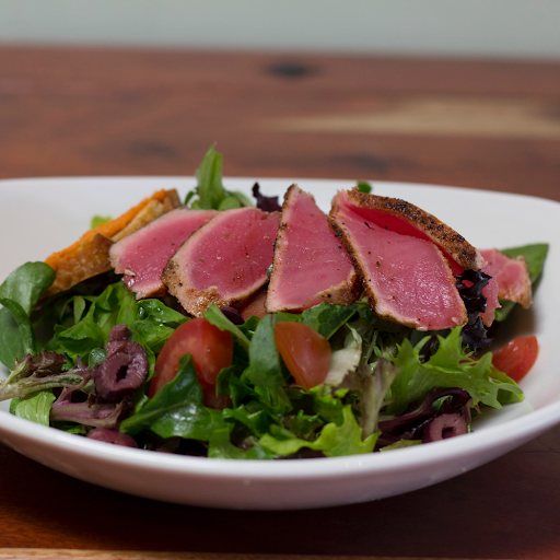 Ahi & Tomato Salad