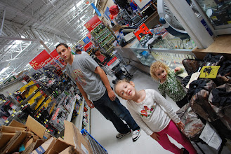 Photo: The family helping me shop. They are Santa's little helpers, hopefully they can keep a secret!