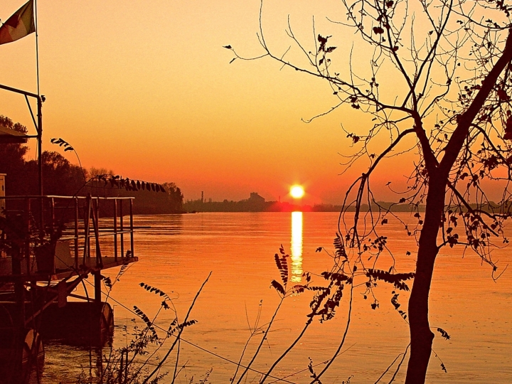 I minuscolo.....tramonto maiuscolo!!! di www.fioregiallophoto.it