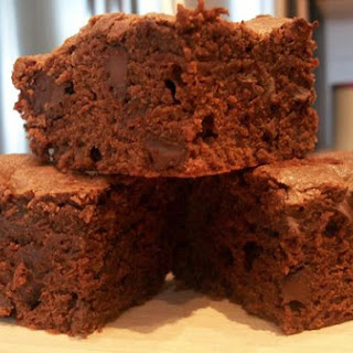 Fudge Brownies With Chocolate Chips