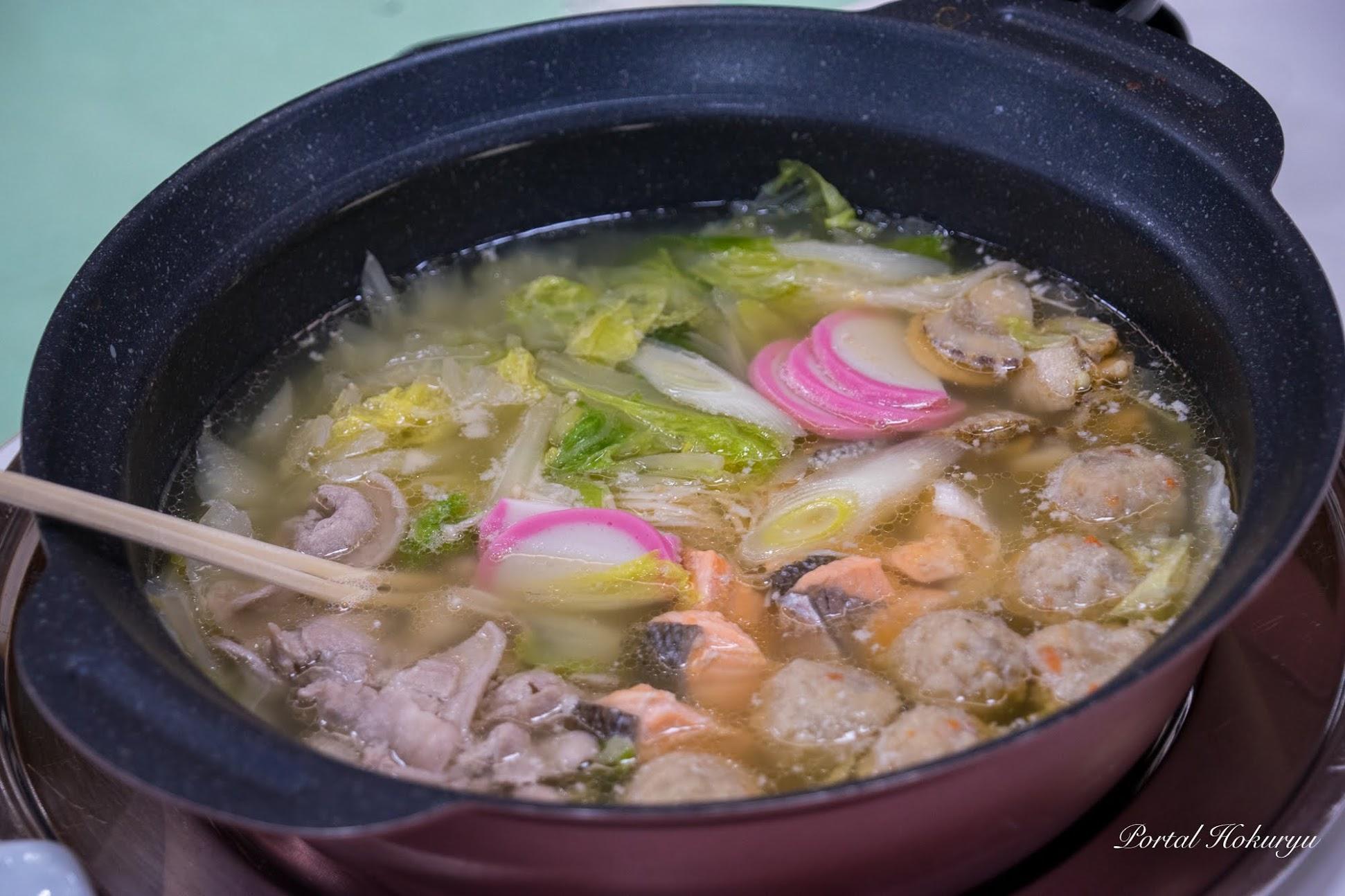 鮭・豚・つくね鍋