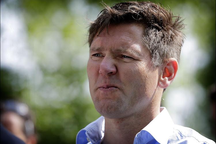 OFFICIEEL: Qhubeka bevestigt komst van ploegleider Aart Vierhouten en vertrouwenspersoon voor Aru