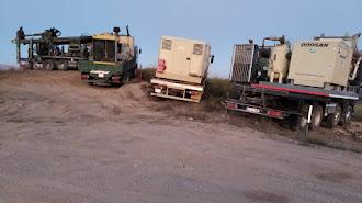 Maquinaria para la ejecución de sondeos situada en octubre en la zona donde irían los pozos de Alcóntar.