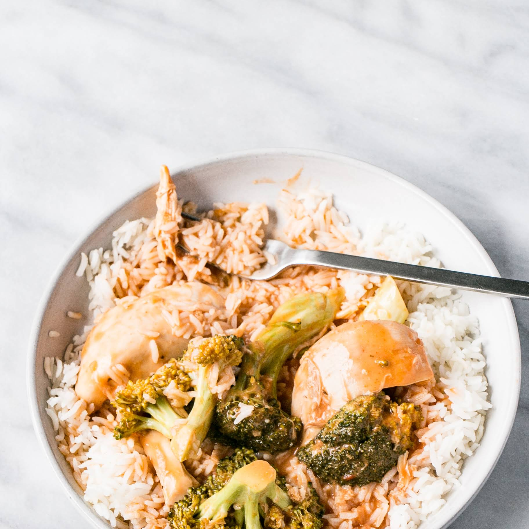 Slow Cooker Thai Tomato Chicken and Broccoli
