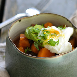 Savoury Breakfast Bowl with Sweet Potatoes, Beans & Eggs