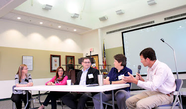 Photo: Moderated by Rosalind James, right, the biological factors panel includes Marcia Maues, Embrapa; Kevin McCluskey, USCCN; Lisa Castlebury, USDA-ARS; and Steve Young, Cornell.