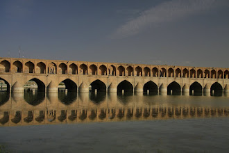 Photo: most Si-o-Seh w Isfahan