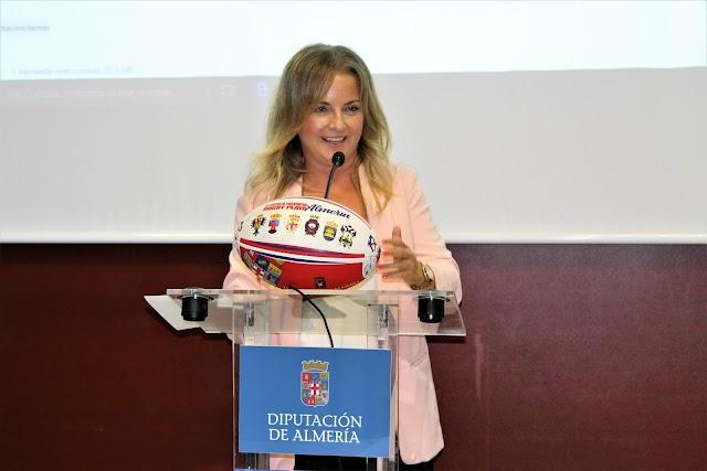 María Luisa Cruz felicitó a los participantes.