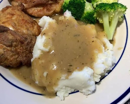 """As Close to KFC as I Can Get It"" Chicken Gravy"