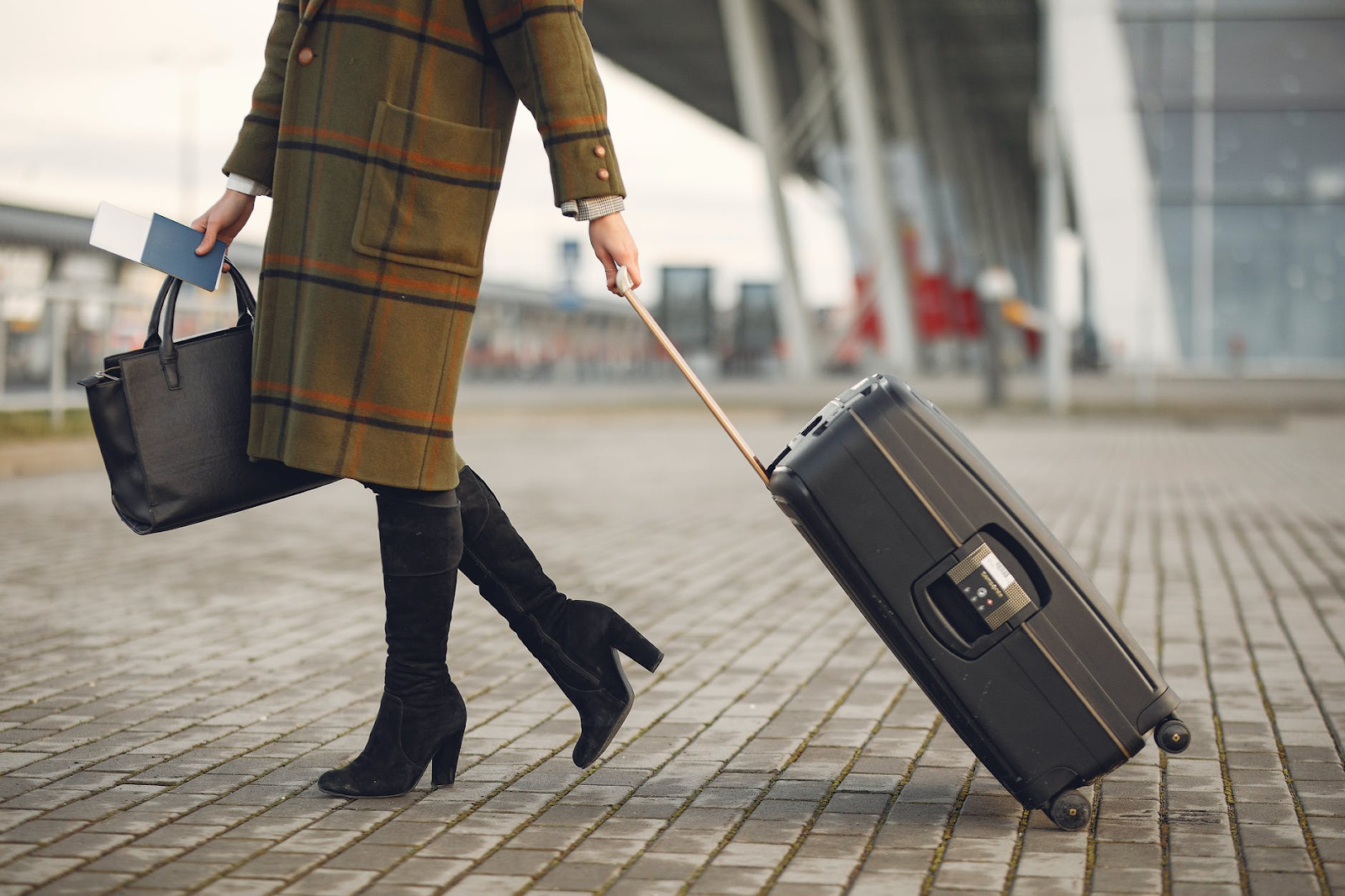 Important Safety Tips To Remember When Traveling Overseas For The First Time