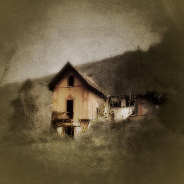 The custodian house - 1850 by Federica Corbelli - Instagram & Mobile Instagram