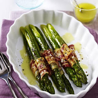 Pan-Fried Asparagus with Bacon.