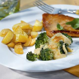 Putenschnitzel mit Broccoli-Gratin