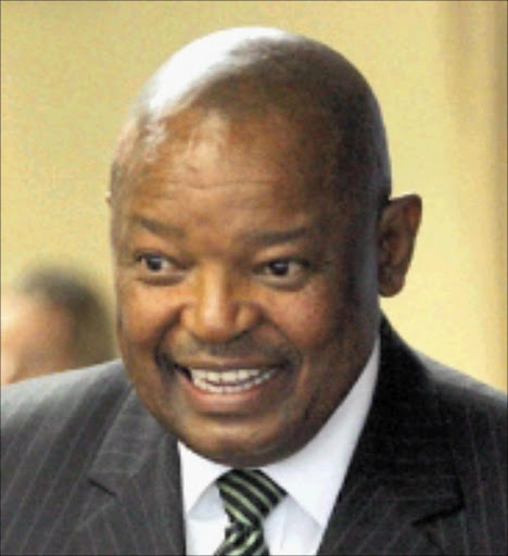 Former defence minister Mosiuoa Lekota is seen adddressing the media during a news conference in Johannesburg.Pic: Veli Nhlapo. 08/01/2008. © Sowetan.