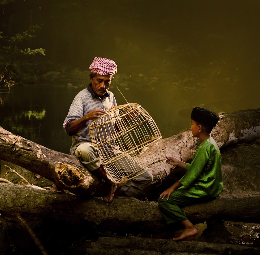Grandfather & Grandson by Arifuddin Rahmad - People Family ( dad with kids, senior citizen, dad and kid )