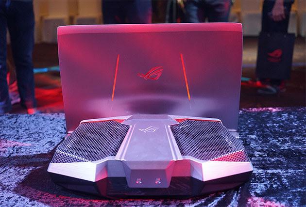 ASUS ROG GX700 – Laptop đầu tiên trên thế giới trên thế giới trang bị công nghệ tản nhiệt nước tháo rời