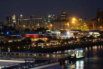 Photo: Singapore at night
