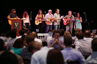 Photo: MBA Fall 2014 Orientation- Songwriters