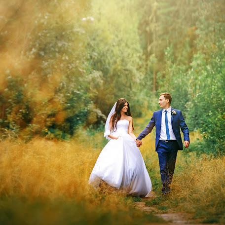 Wedding photographer Nikolay Bochkarev (jonlenn). Photo of 09.03.2017