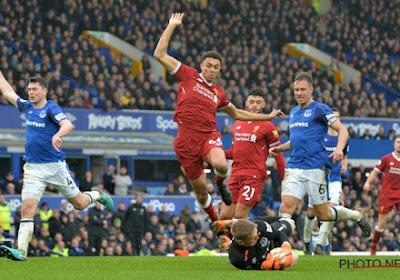 Speelt Liverpool kampioen op veld van grote rivaal? Burgemeester laat wedstrijd gewoon doorgaan