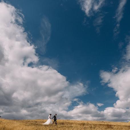 Свадебный фотограф Бато Будаев (bato). Фотография от 21.10.2017