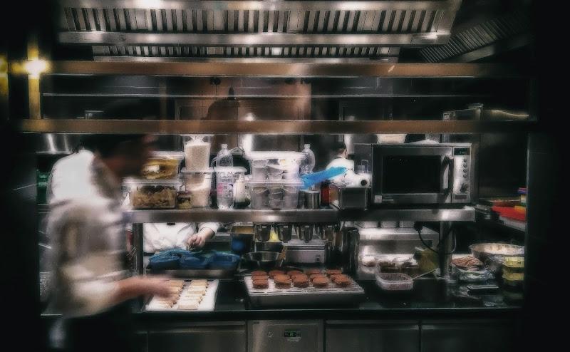 Frenesia in Cucina di Paolo Scabbia