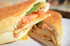 Chicken Sandwich- Sandwich de Pollo