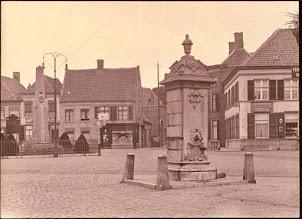 Photo: 1902 Markt Princenhage met nieuwe plaats voor pomp