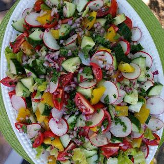 Summer Garden Detox Salad.