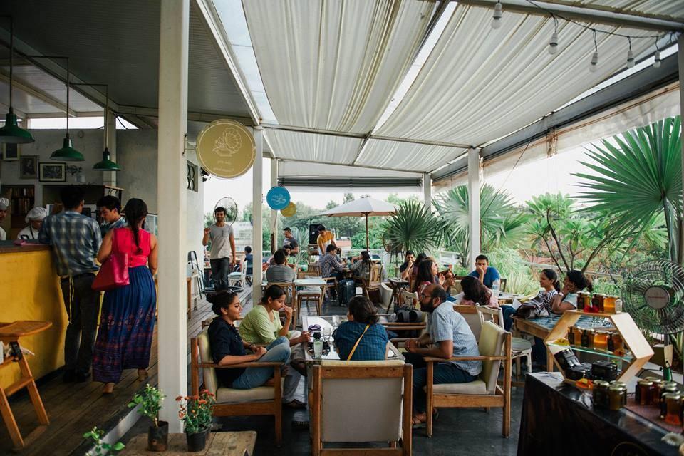om-made-cafe-best-cafes-in-bangalore_image