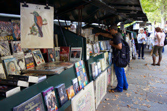 Photo: Riverside markets