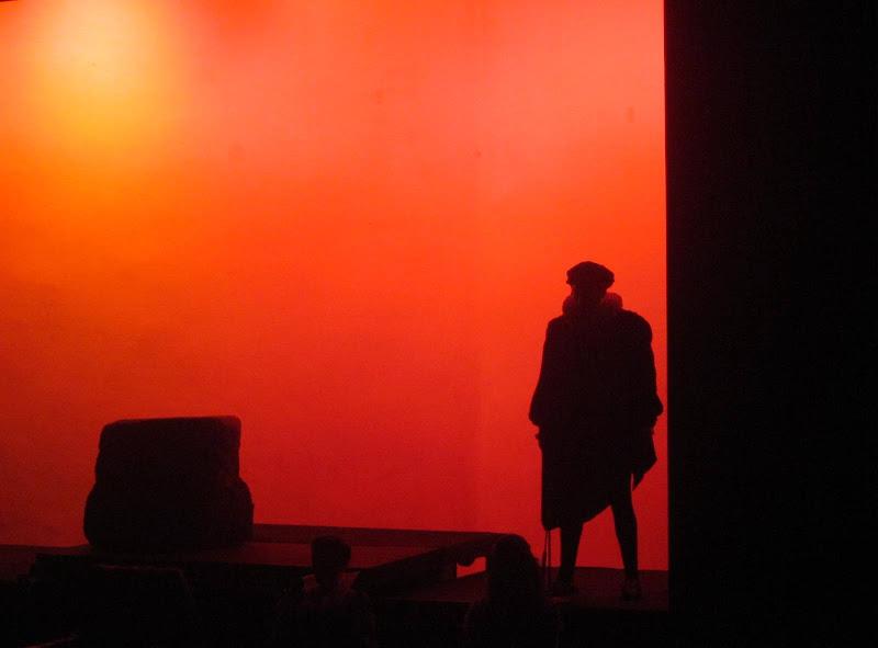 Luce rossa a teatro di emanuela_dolci