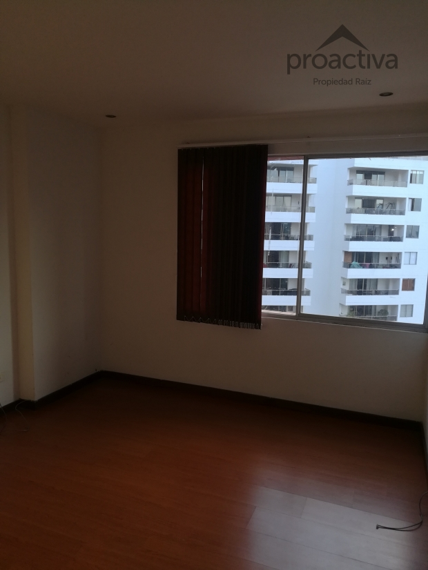 apartamento en arriendo el esmeraldal 497-5849