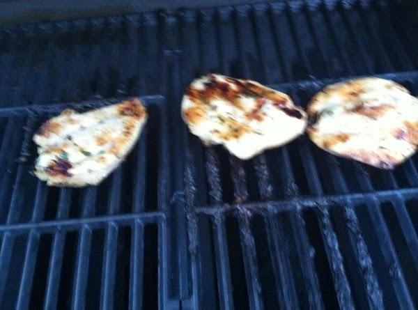 GRILL UR CHICKEN ON HOT GRILL ABOUT 10 MINUTES THEN FLIP N GRILL FOR...
