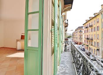 Appartement 6 pièces 141,65 m2