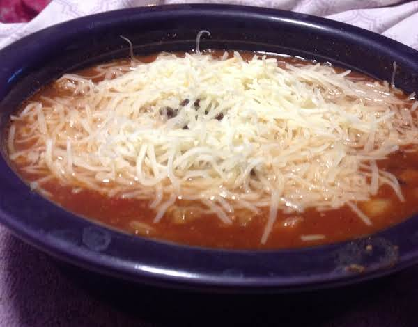 Bowl Of Slow Cooker 3 Bean Turkey Chili With White Cheddar Cheese
