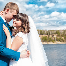Wedding photographer Elya Nurudinova (Nurudinova). Photo of 14.07.2015