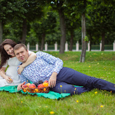 Wedding photographer Yaroslav Skuratov (Skuratov). Photo of 17.05.2016