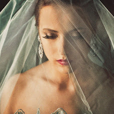 Fotografo di matrimoni Marta Kounen (Marta-mywed). Foto del 13.10.2015