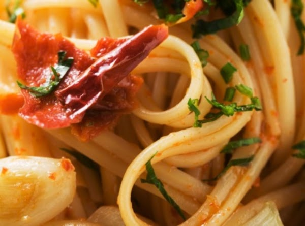 Linguine With Seafood And Sun-dried Tomatoes Recipe