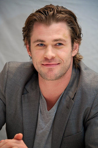 Chris Hemsworth Wallpapers HD 1.0 screenshots 1