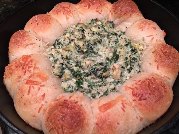 Cheesy Spinach & Artichoke Bread Ring Dip Recipe